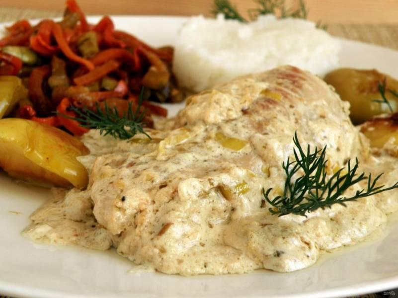 Сервируйте блюдо горячим. Дополнительно можно подать на гарнир рис.