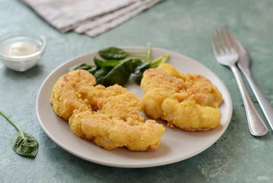 Шницель из цветной капусты готов, приятного вам аппетита!