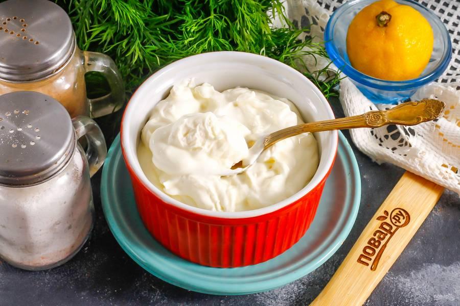 Творожный сыр из сметаны и лимона