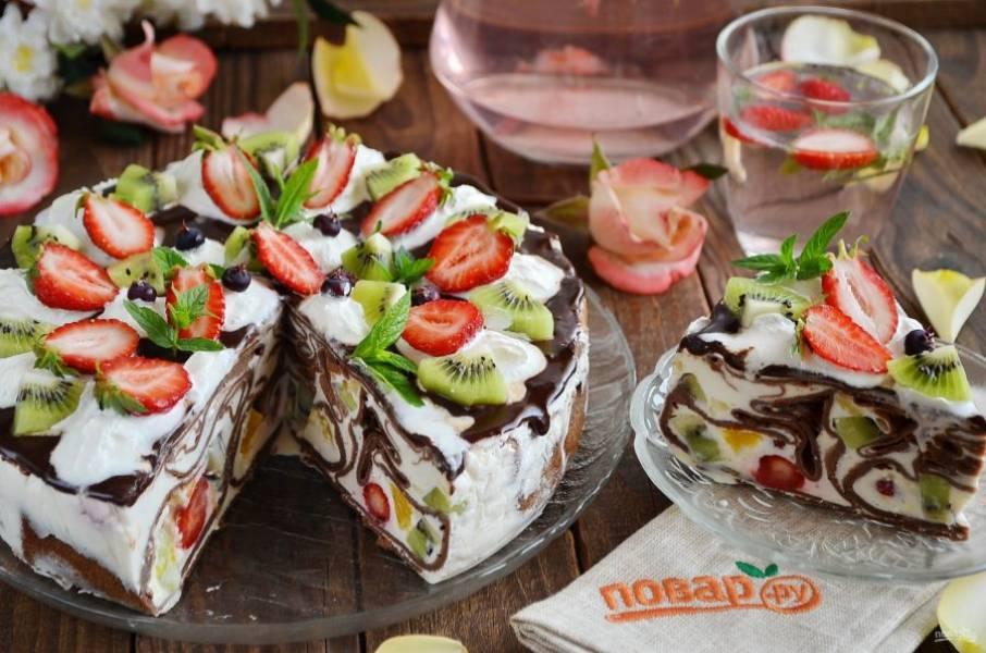 Масленица: как приготовить торт из блинчиков