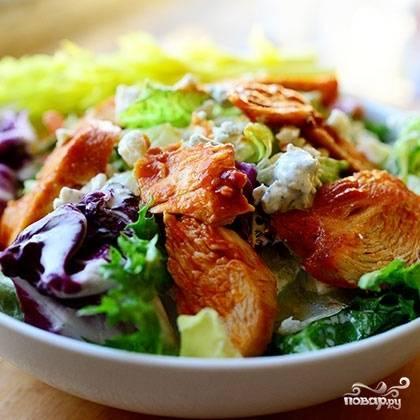 Салат готов. Приятного аппетита! ;)