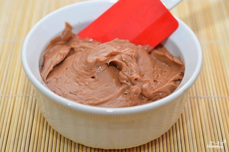 Шоколадно-масляный крем для тортов готов!