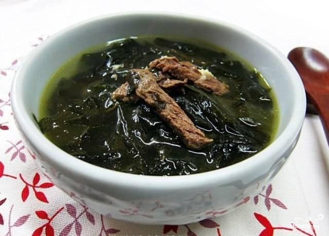 Суп из водорослей корейский