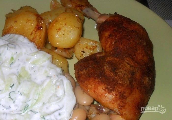 Курица с картошкой в рукаве в духовке