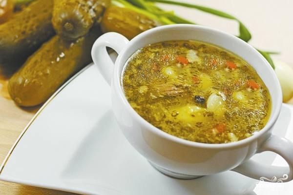 Суп c солеными огурцами