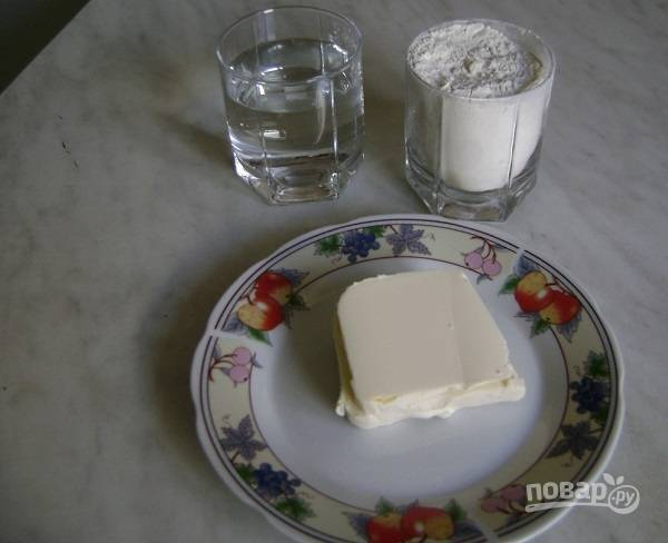 1. Вот такой набор ингредиентов вам потребуется для теста.