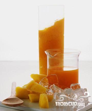 Смузи из моркови и манго