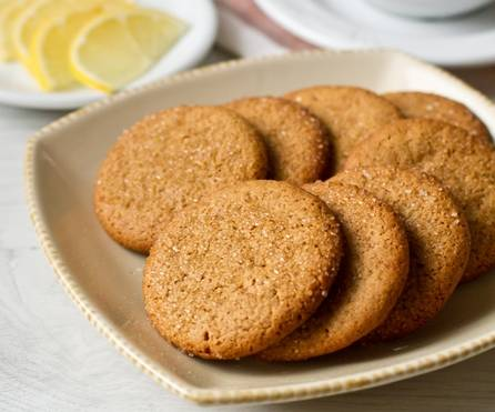 8. Вот теперь вы знаете, как приготовить постное песочное печенье в домашних условиях. Надеюсь, оно придется вам по вкусу.