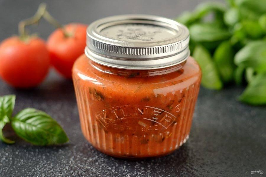 Итальянский томатный соус на зиму готов!