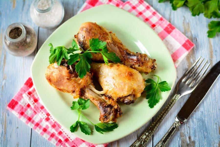 Куриные ножки в медово-горчичном соусе сразу подавайте к столу. Приятного всем аппетита!
