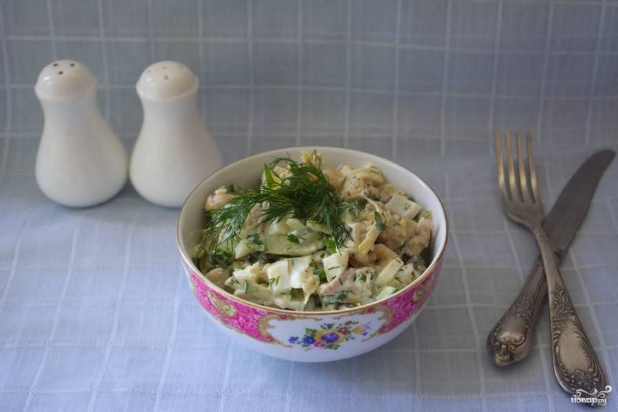 Салат с черносливом и огурцом