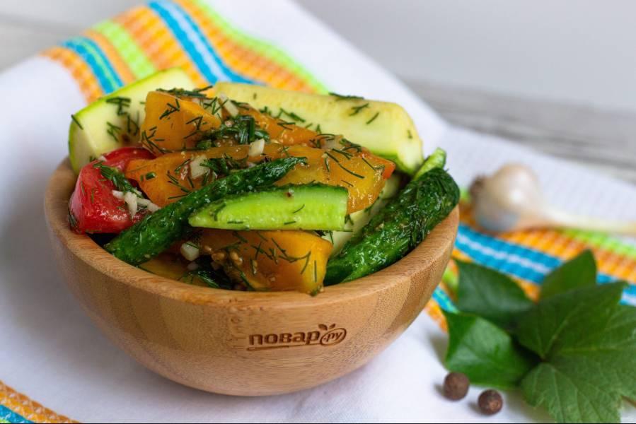 Малосольные овощи в пакете