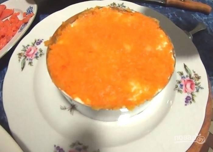 Теперь – слой вареной моркови.