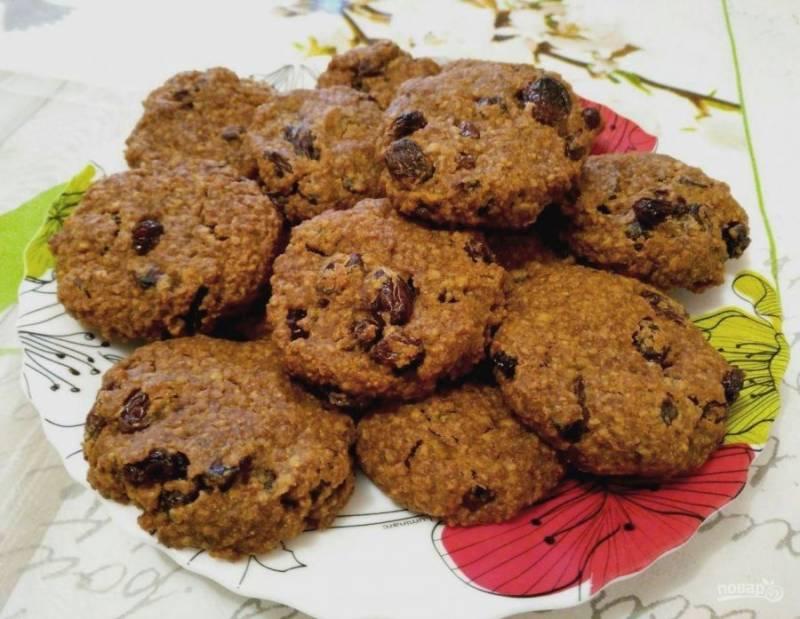 Выпекайте заварное овсяное печенье при температуре 190 градусов в течение 20-25 минут до золотистого цвета.