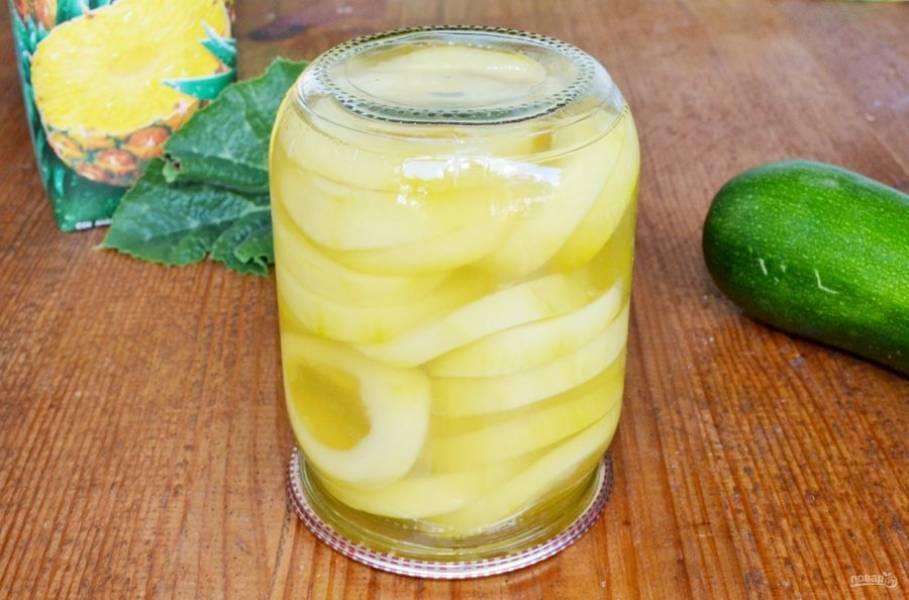 Вот такая недорогая и оригинальная замена консервированным ананасам. Угощайтесь!