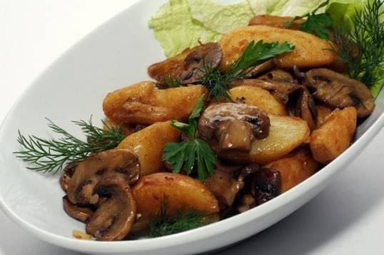 6. Подаем с жареным или вареным картофелем!