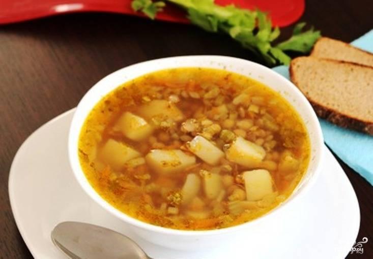 Простой суп из чечевицы