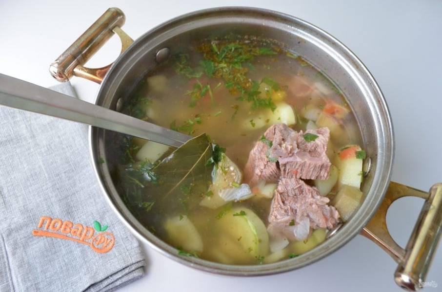 5. Дайте супу настояться минут 20 под крышкой.