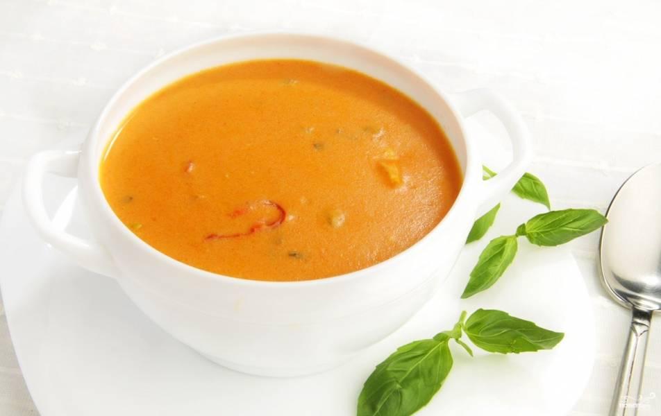 Томатный суп-пюре с креветками