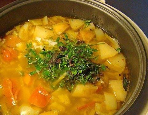 4. Через час и картошка, и мясо уже будут готовы. Блюдо готово, приятного вам аппетита!