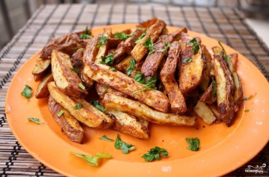 Запеченный картофель в соусе