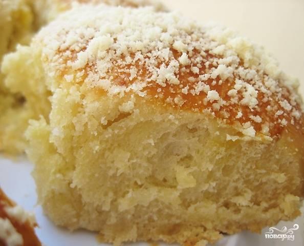 7. Такие булочки отлично смакуют с чаем, молоком или компотом. Приятного аппетита!