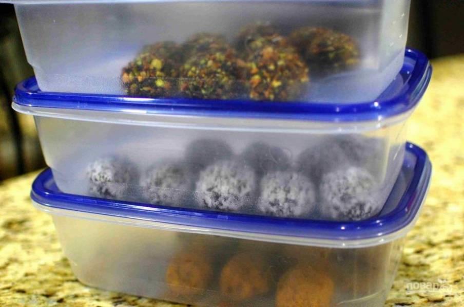 8.Переложите разные шарики в отдельные контейнеры и храните в холодильнике. Приятного чаепития!