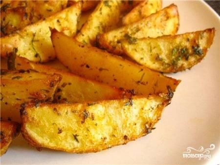 Картофель по-деревенски в мультиварке