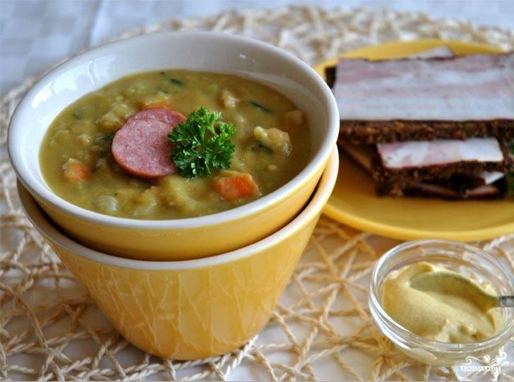 Гороховый суп с колбасками