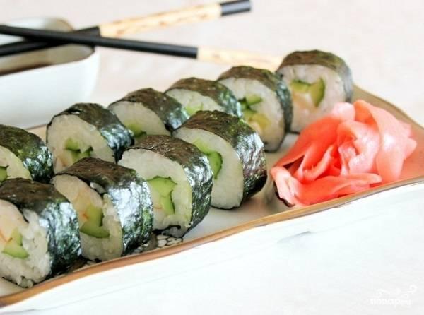 Суши с кальмаром