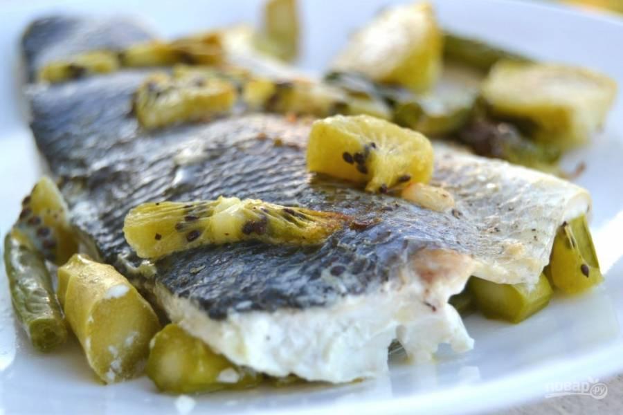 Запеченная в духовке рыба с киви