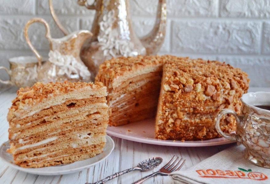 Идеальный десерт на Новый год - медовый торт: 5 рецептов на любой вкус
