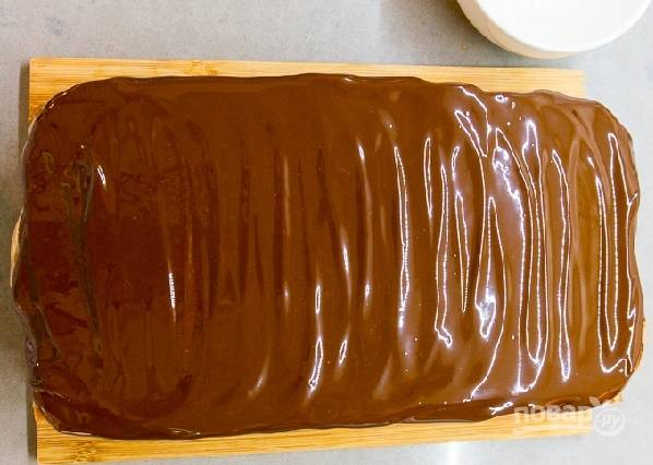 """34. Распределите глазурь по торту. Вот такая красота получилась! Очень советую приготовить торт """"Опера"""" в домашних условиях."""