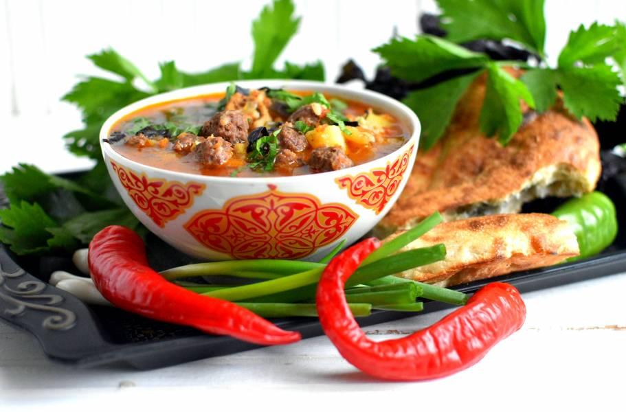 """Рисовый суп """"Мастава"""" с фрикадельками"""