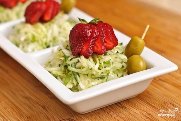 Салат из капусты и огурцов