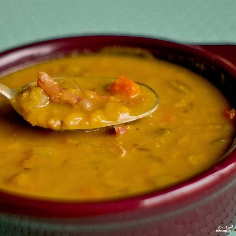 Гороховый суп-пюре с оливками