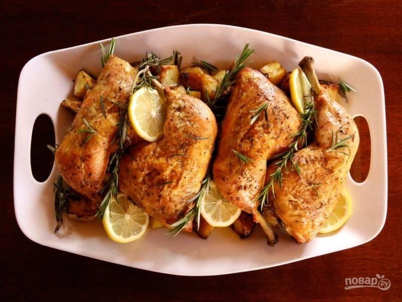 Куриные ножки с картофелем и розмарином