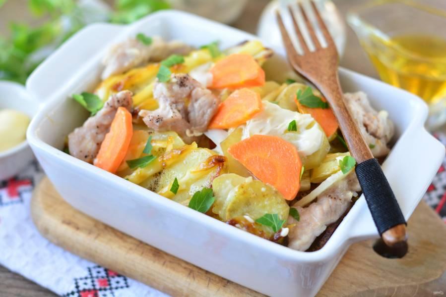 Картошка с мясом слоями в духовке