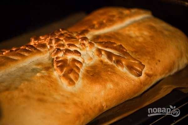 11. Выпекайте пирог до румяности в разогретой духовке.  Приятного аппетита!
