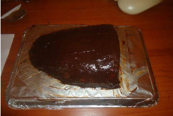 Намазываем получившуюся массу на торт.