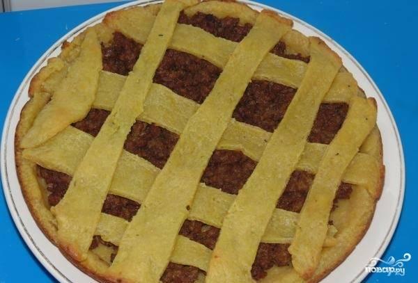 12.Выпекаем пирог при 180 градусах около тридцати минут.