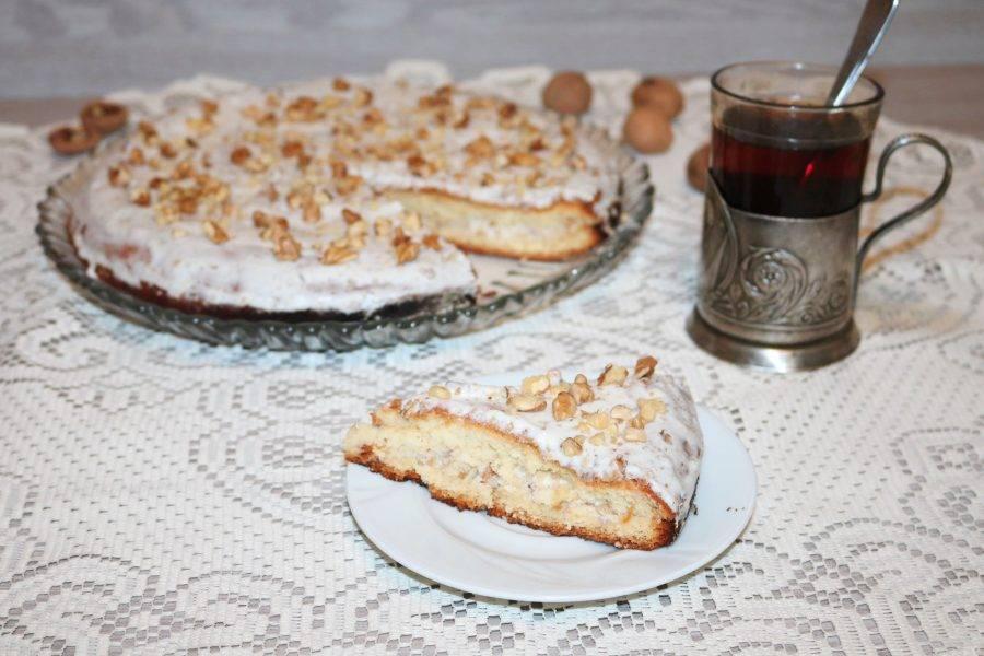 """Дайте торту пропитаться 6-8 часов.  Вкусный ореховый торт """"Лида"""" готов!"""