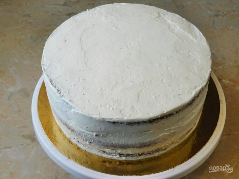 Соберите торт полностью.