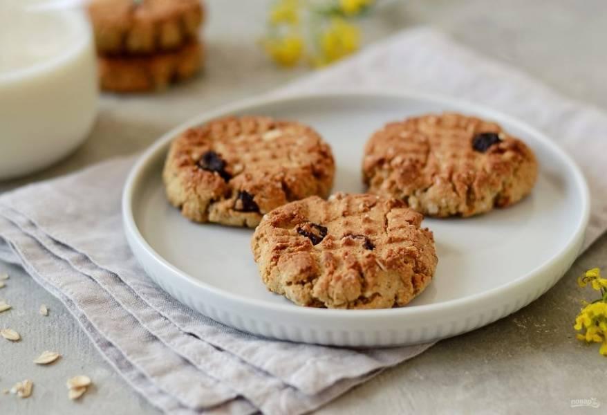 Овсяное печенье с протеином готово, приятного аппетита!