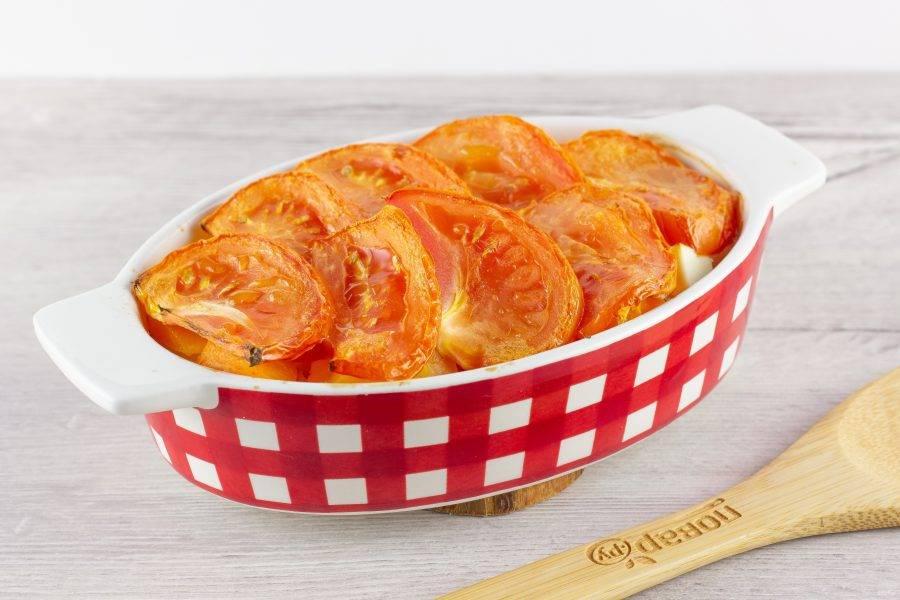 Наше блюдо готово! Подавайте порционно со свежей зеленью.