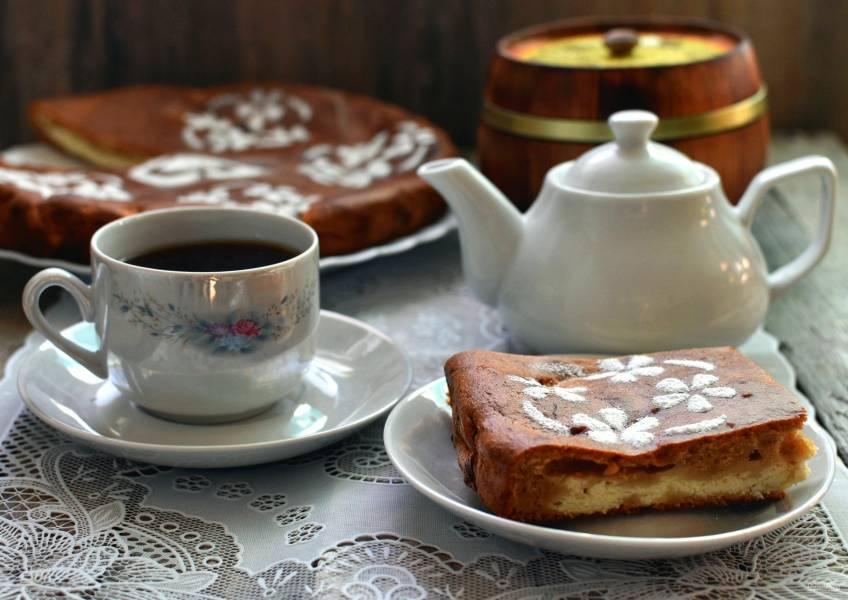Медовый пирог с творожной начинкой