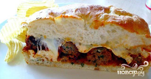 Сэндвич с фрикадельками