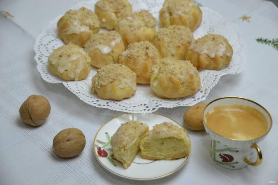 """Пирожные """"Орешек"""" очень нежные на вкус, с пикантной лимонной кислинкой, просто наслаждение! Приятного чаепития!"""