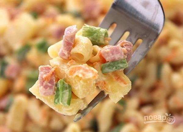 8. Оригинальный и вкусный салатик готов к подаче. Приятного аппетита!