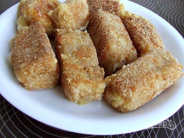 Жареный сыр с грецким орехом